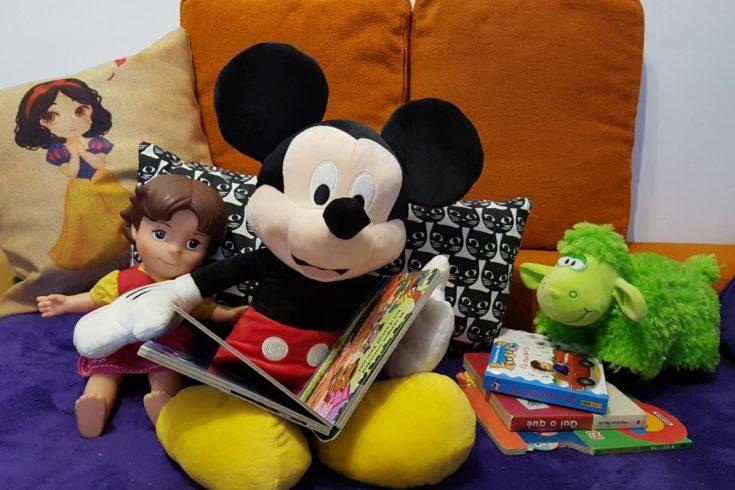 Mickey Mouse, lectura, nacidos para leer, jugar y leer, Heidi