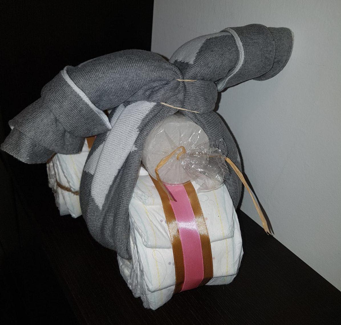 moto de pañales, diy, regalo para embarazada, babyshower